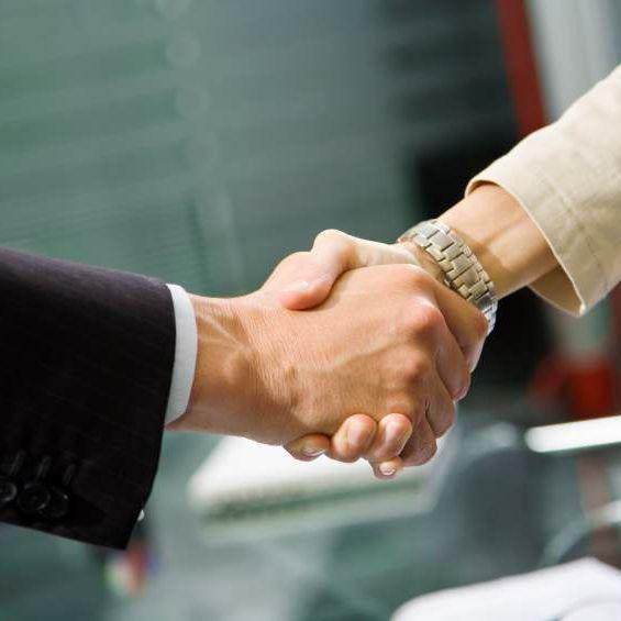 iStock_000003529053Small- handshake